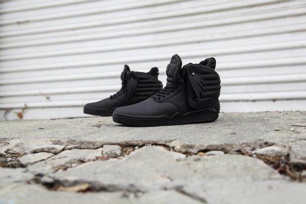 """THE HUNGER GAMES x SUPRA SKYTOP IV """"DISTRICT 13"""""""