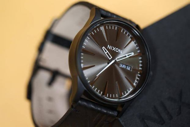 NIXON THE SENTRY – BLACK SHADOW