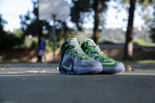 "NIKE LEBRON 12 ""DUNK FORCE"""