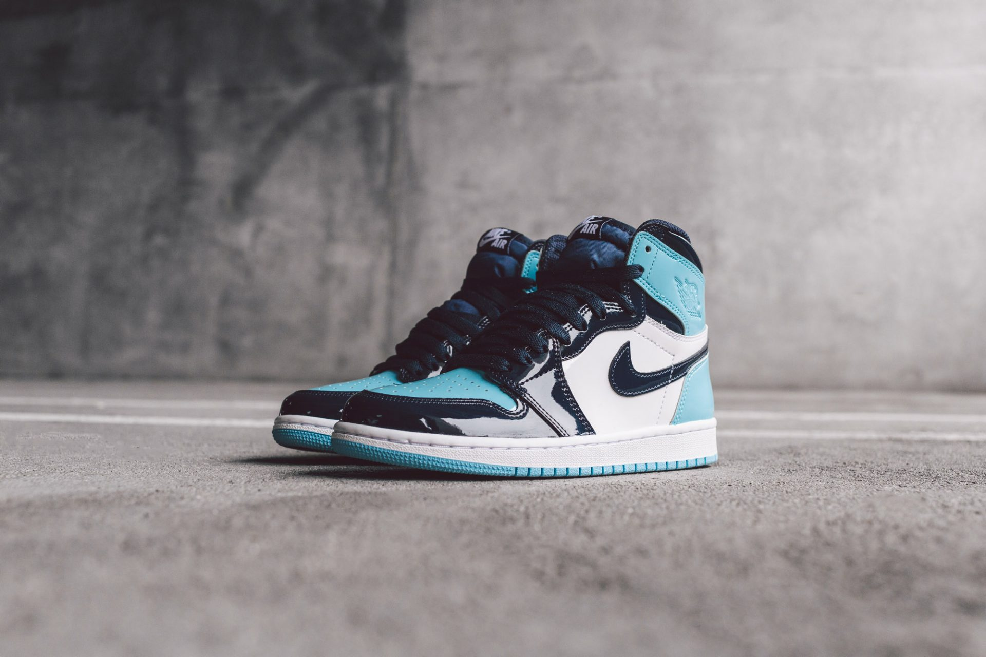 Air Jordan 1 Blue Chill Bait