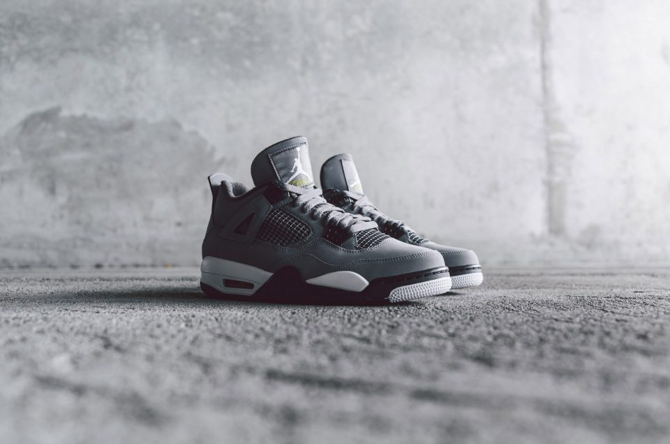 Air Jordan IV – Cool Grey