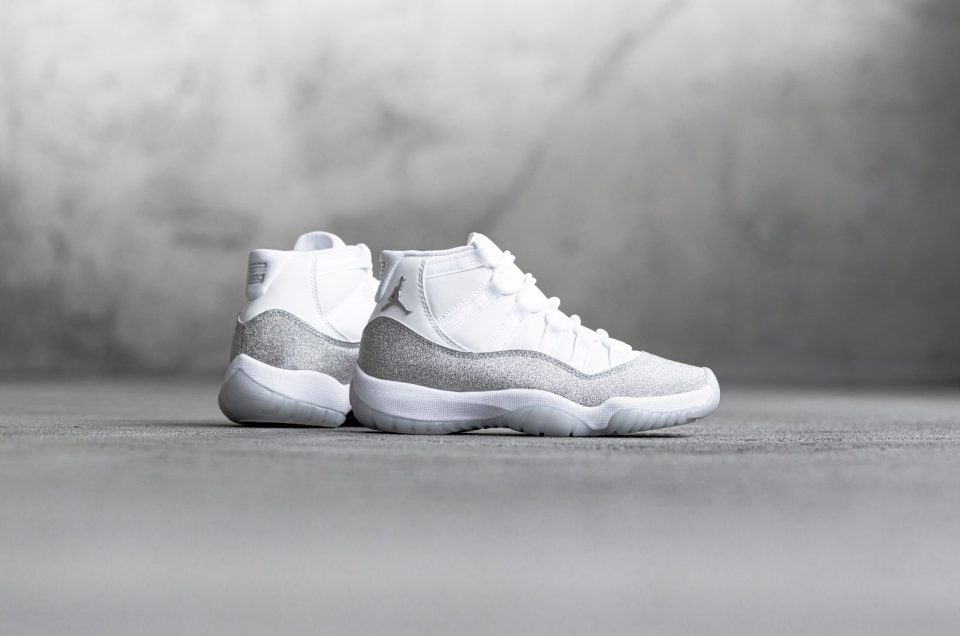 Air Jordan 11 - Vast Grey