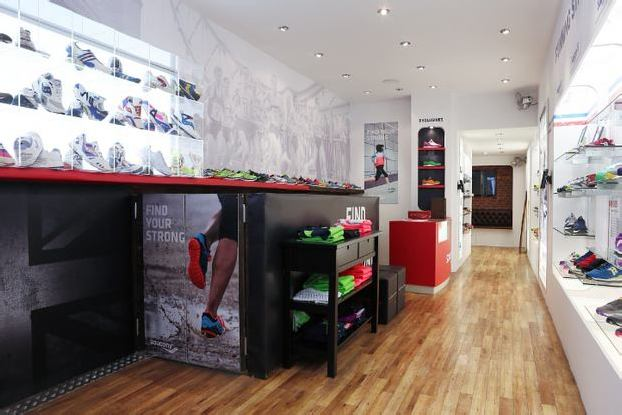 Inside-Saucony-Originals-Story-of-Running-Store-1