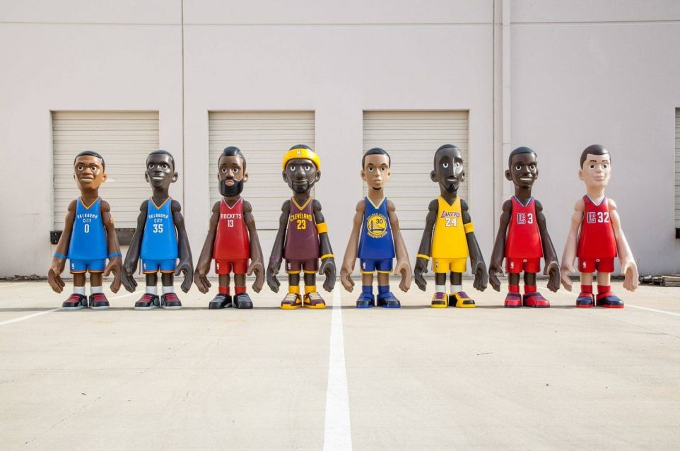 MINDstyle X COOLRAIN x NBA BIG 7 FT STATUES